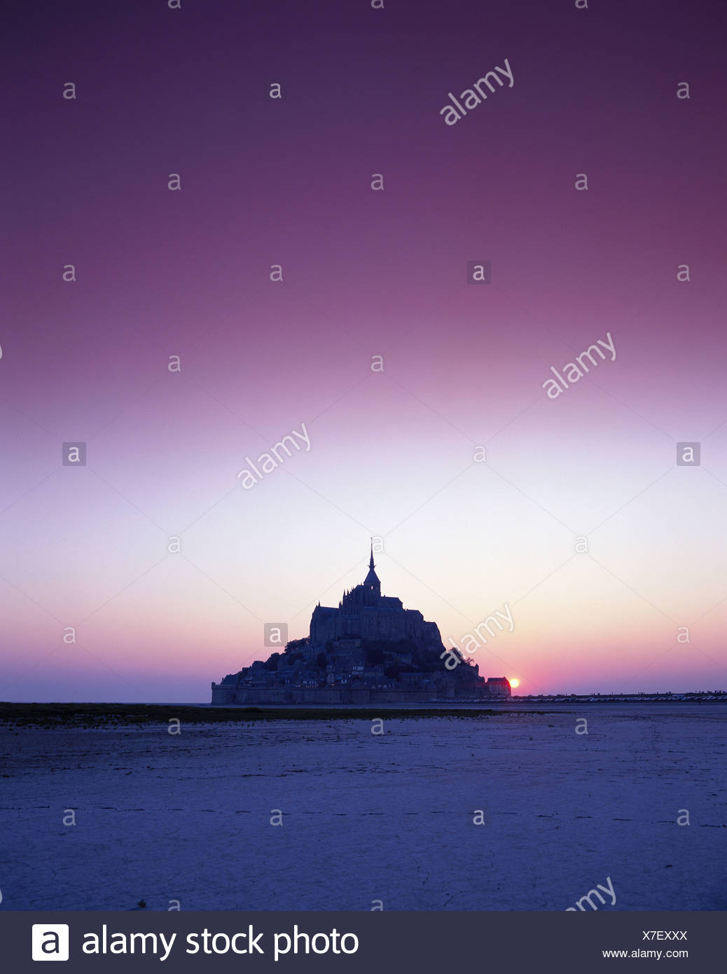filter France Europe Mont St. Michel Normandy silhouette sundown mood - Stock Image