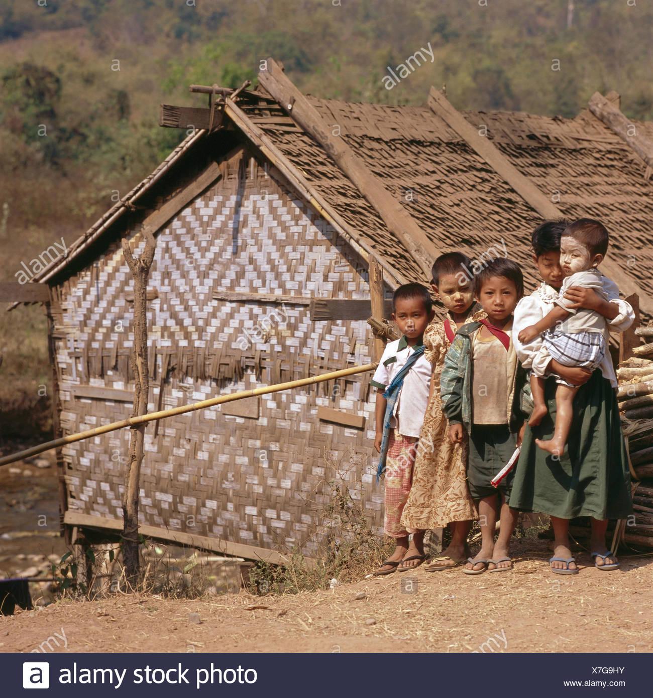 Myanmar, Kalaw, hut, children, group picture, no model