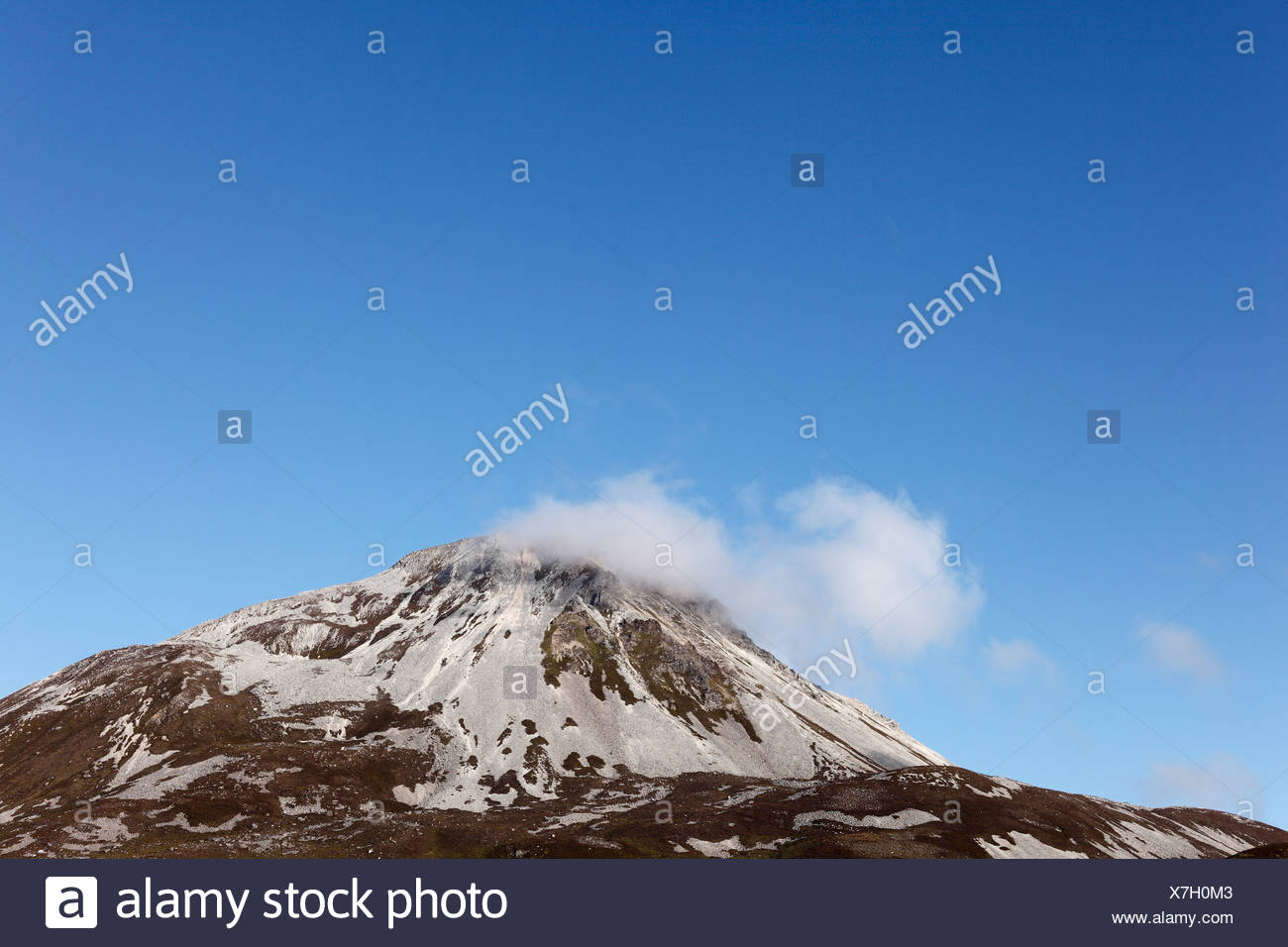 Mount Errigal, Glenveagh National Park, County Donegal, Ireland, British Isles, Europe - Stock Image