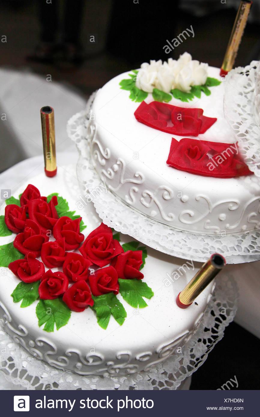 Wedding Cake Decorated Red Roses Stock Photos & Wedding Cake ...