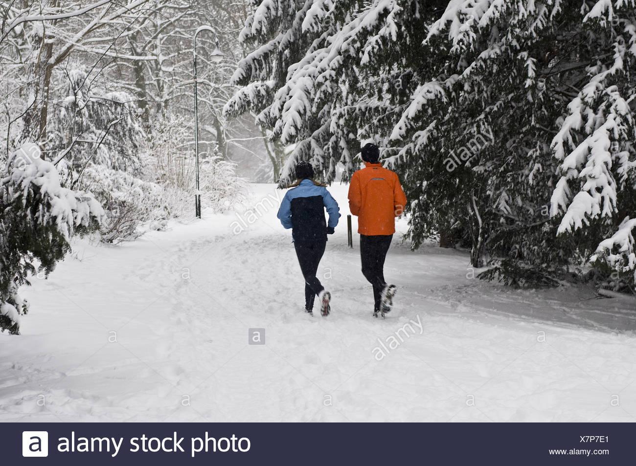 jogging in winter - Stock Image