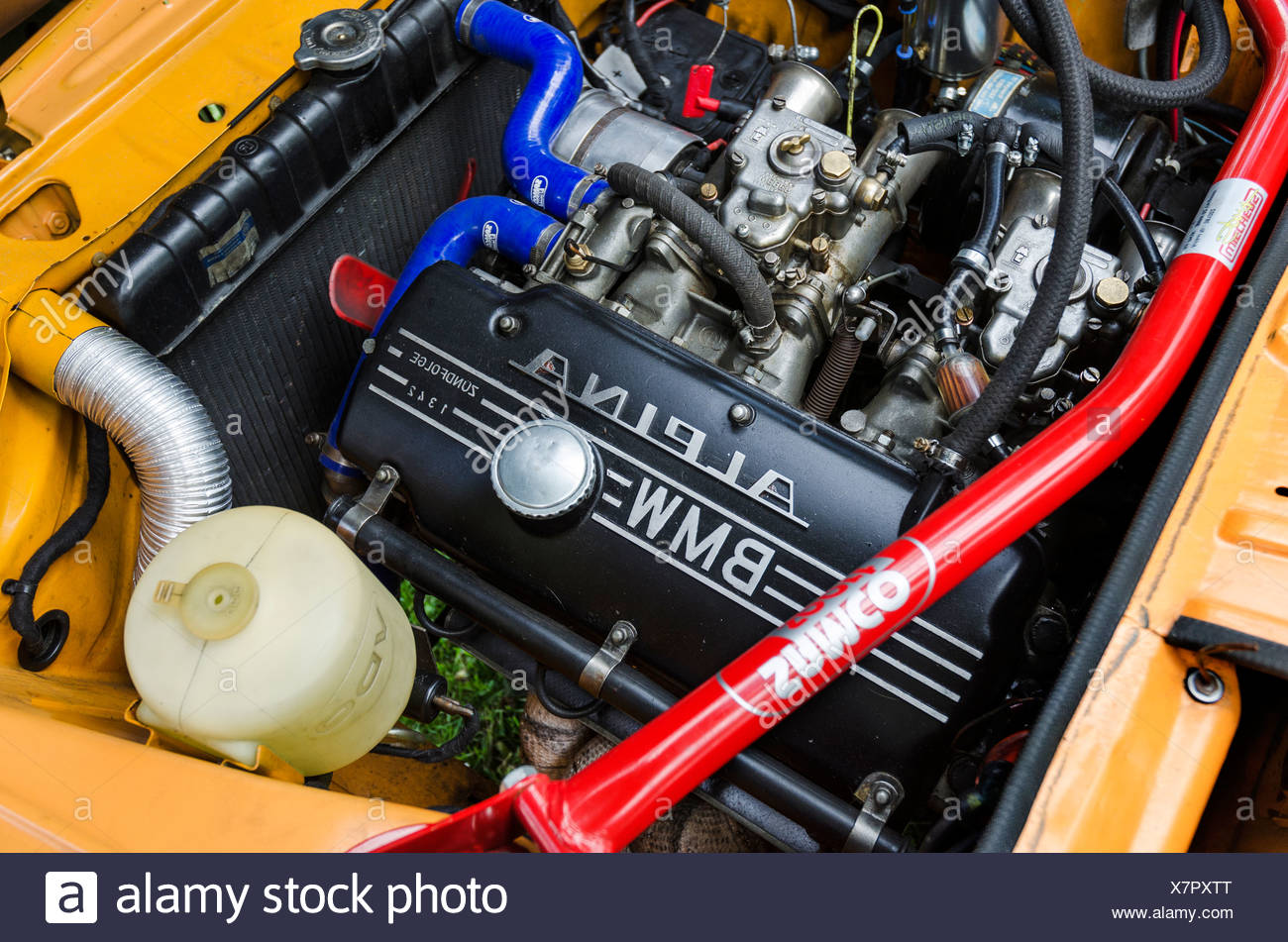 Bmw 2002 Tii Race Car >> Bmw Alpina Stock Photos & Bmw Alpina Stock Images - Alamy