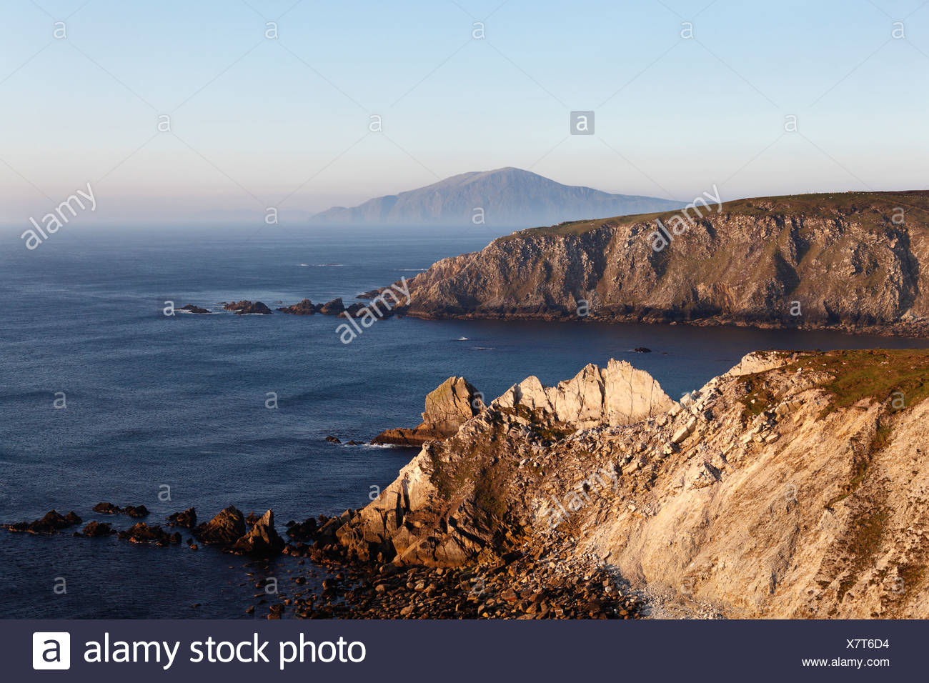 Cliffs near Ashleam, Achill Island, County Mayo, Connacht province, Republic of Ireland, Europe - Stock Image