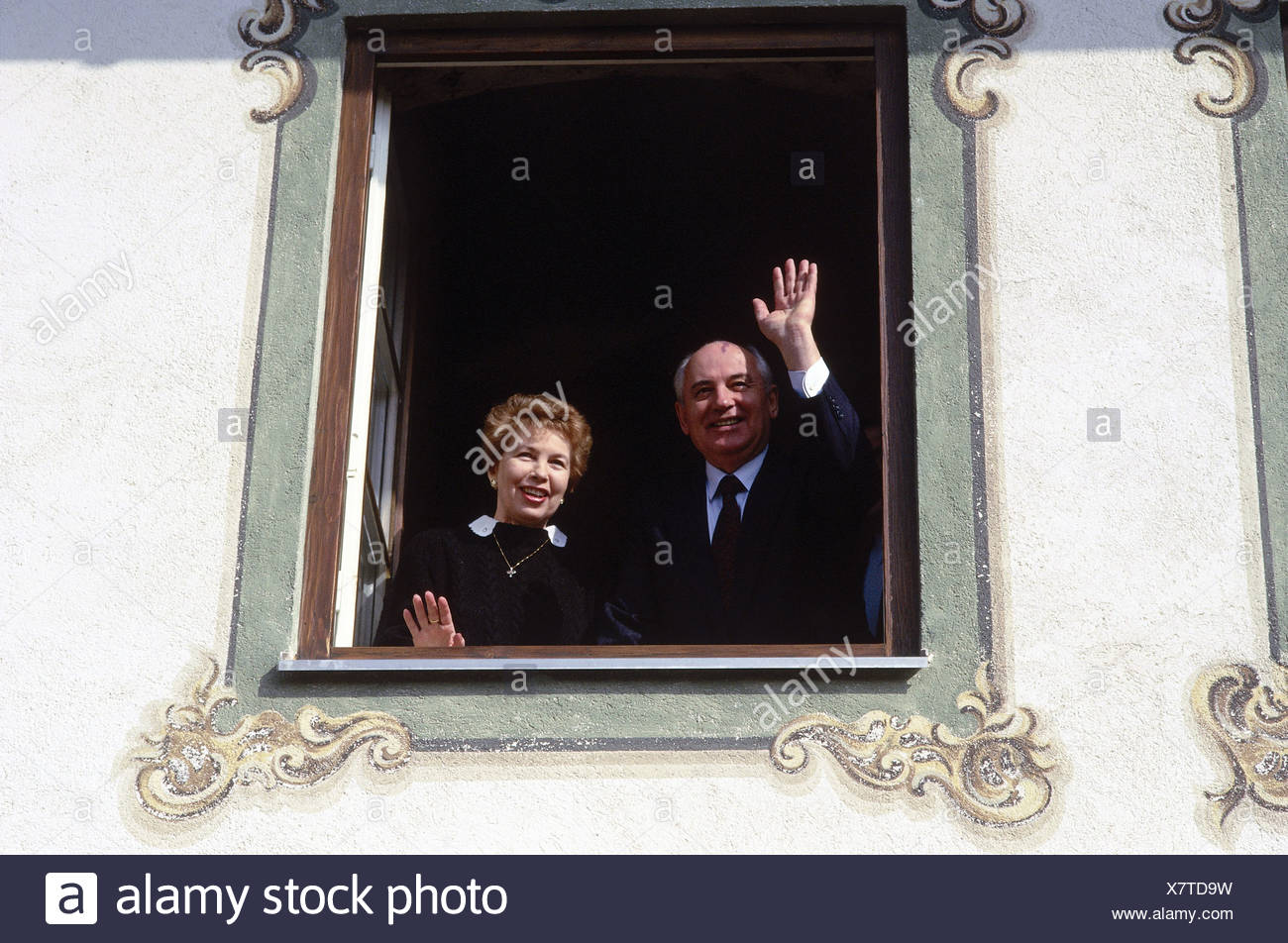 Mikhail Gorbachev, * 2.3.1931, Soviet politician (CPSU), visit to Bavaria, 6. - 8.3.1992, with his wife with his wife Raisa Gorbachova, Additional-Rights-Clearances-NA - Stock Image