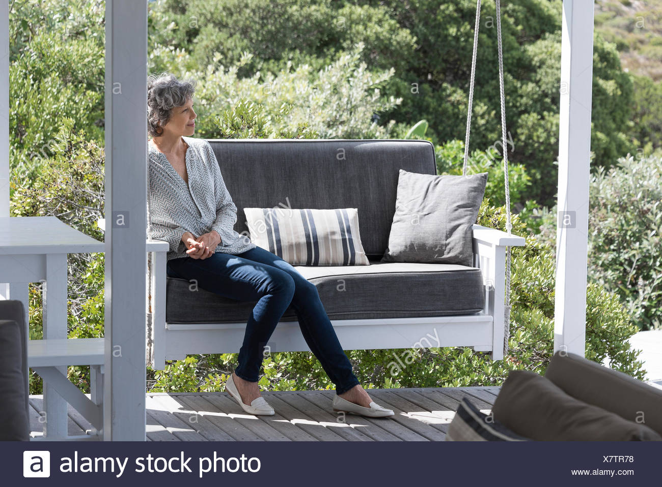 Porch Swing Stock Photos Amp Porch Swing Stock Images Alamy
