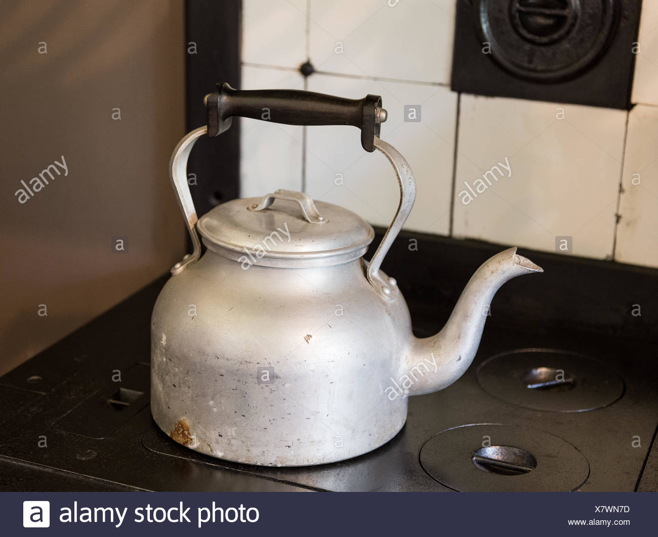 Old Fashioned Kitchen Hob ~ Old fashioned cooker stock photos