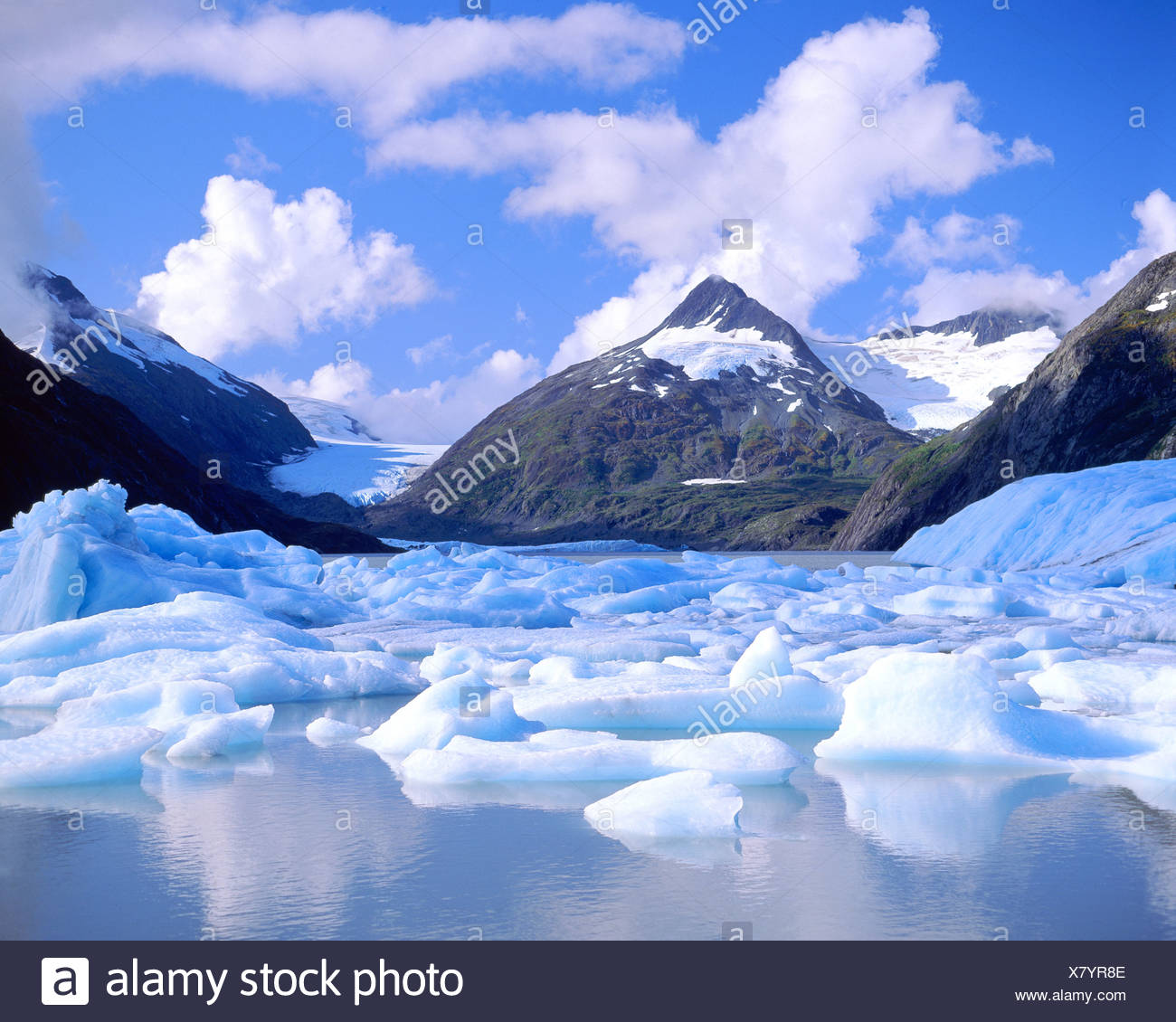 Floating ice bergs on Portage Lake - Stock Image