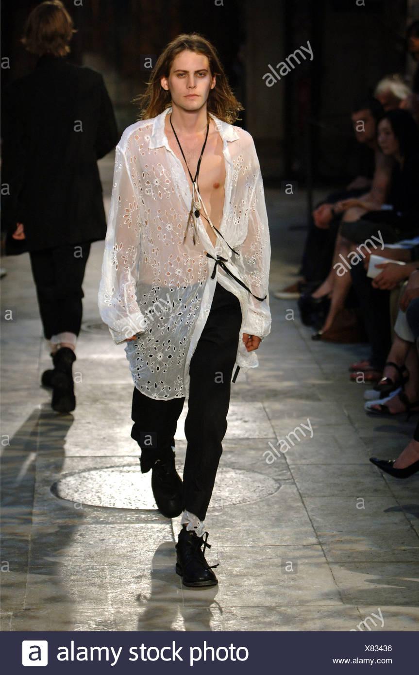 9bfbc6fe Ann Demeulemeester Paris Ready to Wear Menswear Spring Summer Brunette male model  wearing an over sized