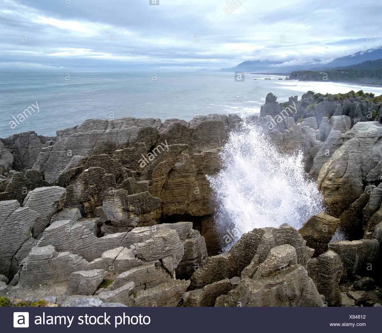Blowhole, Pancake Rocks, Paparoa National Park, Punakaiki, South Island, New Zealand - Stock Image