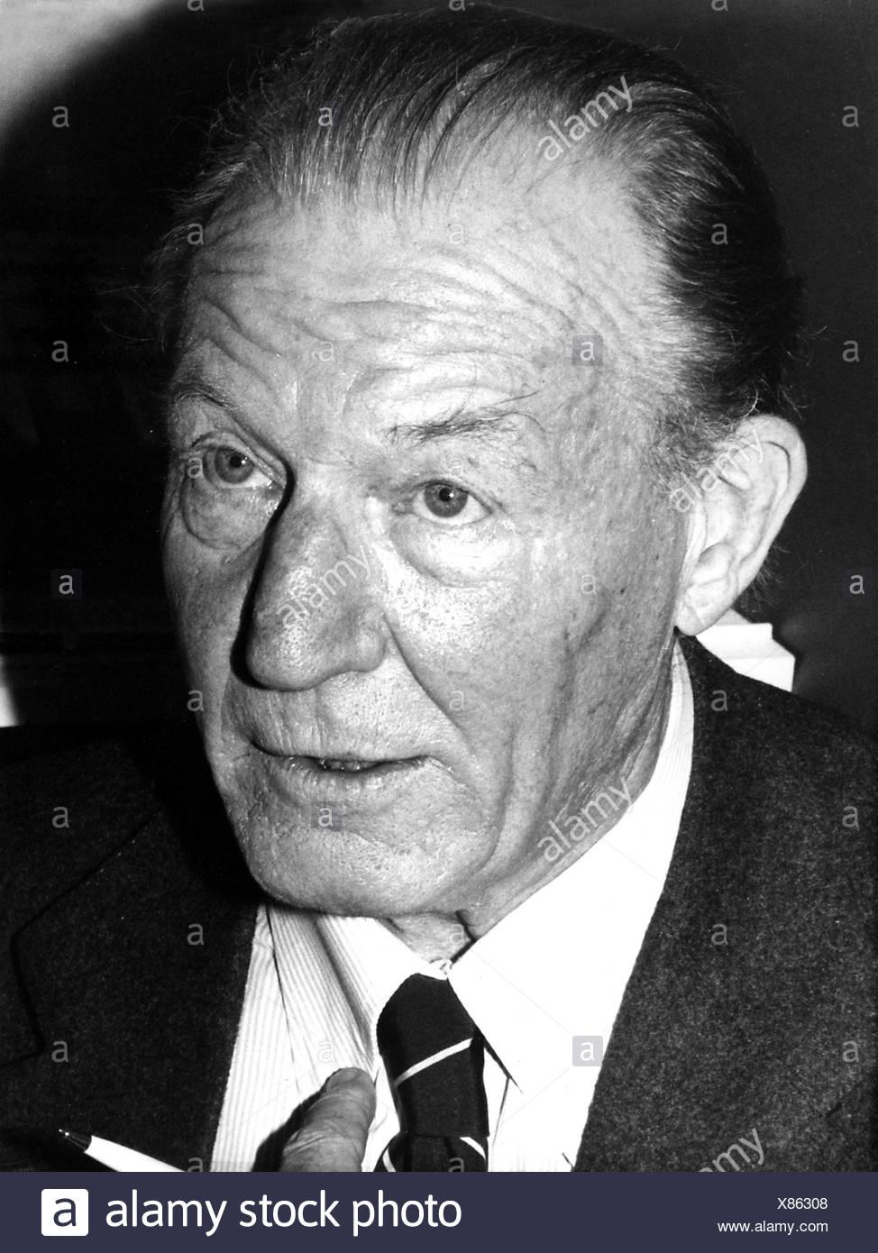 Zahn, Peter von, 29.1.1913 - 26.7.2001, German journalist, portrait, 1978, Additional-Rights-Clearances-NA Stock Photo