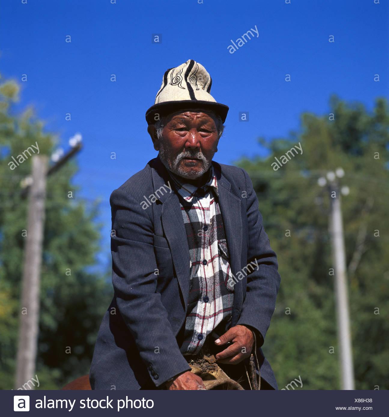b8ae884ee Dark Skinned Old Man Stock Photos & Dark Skinned Old Man Stock ...