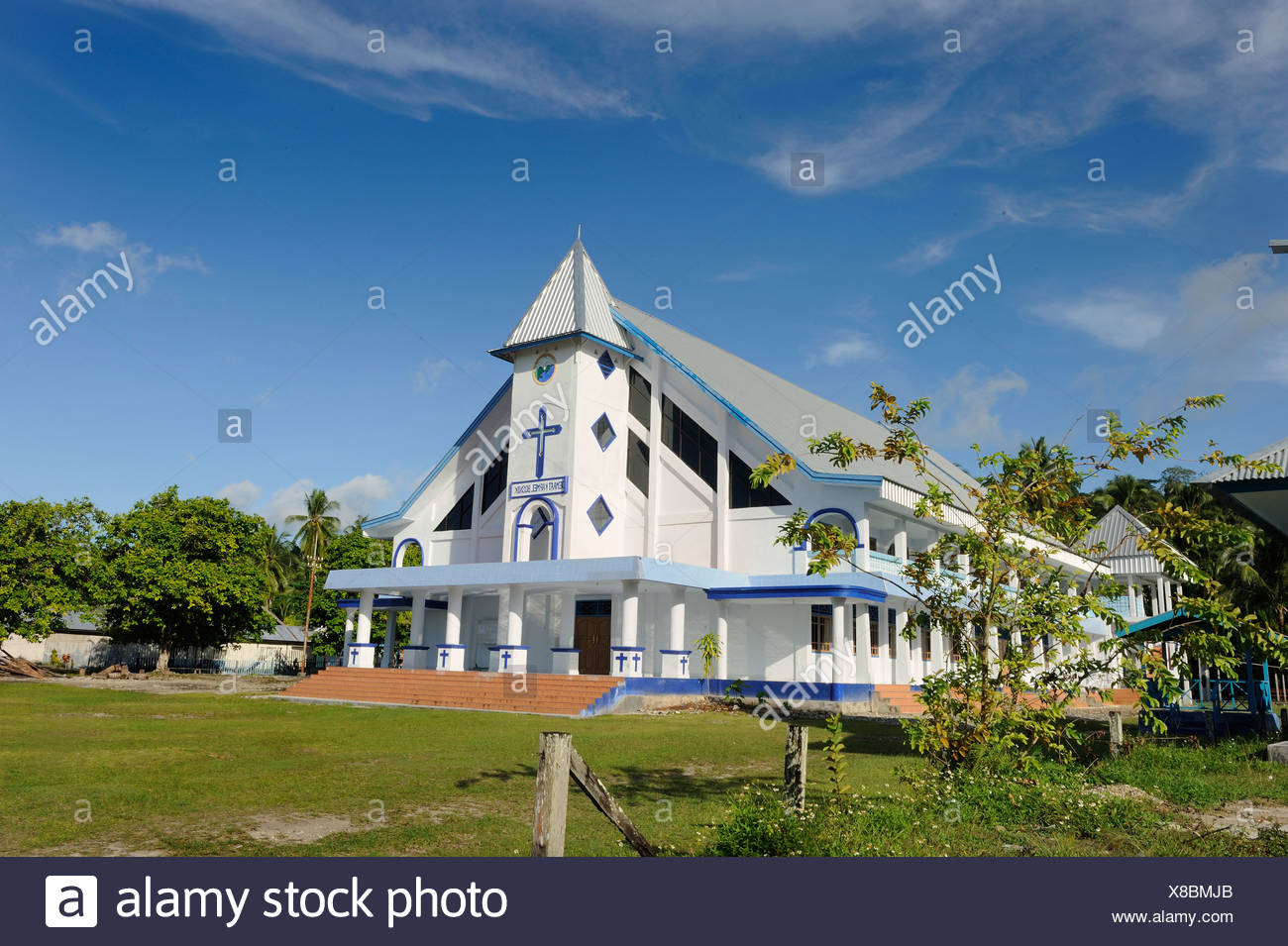 Gereja Kristen Tanah Papua, Gereja di Indonesia church, Jalan Bosnik Raya, Biak Island off the island of Papua Neuguinea - Stock Image