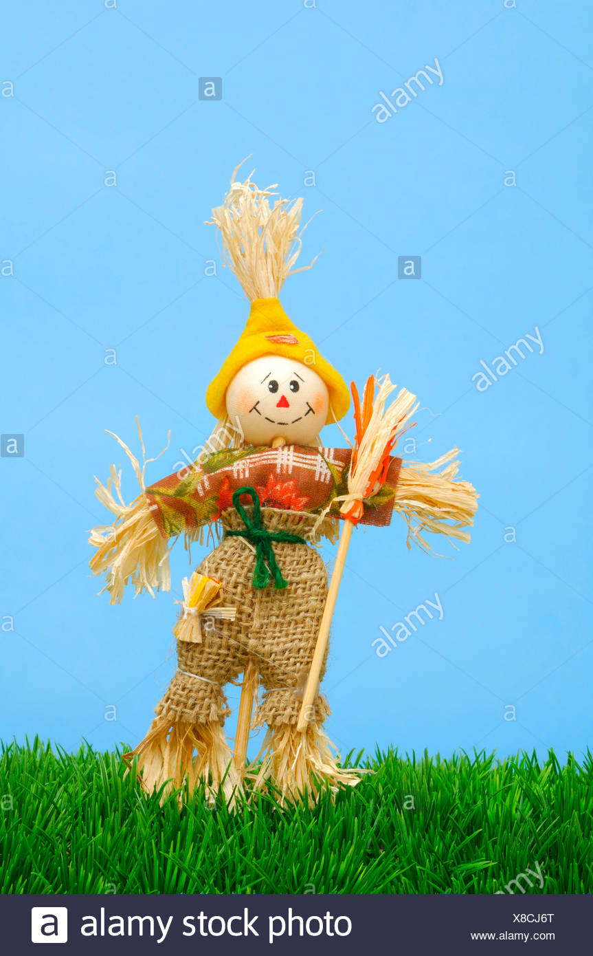 Garden decoration, puppet made of fabric and bast - Stock Image