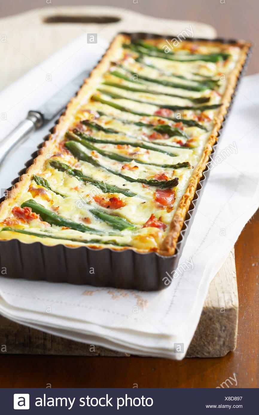 Green asparagus tart - Stock Image