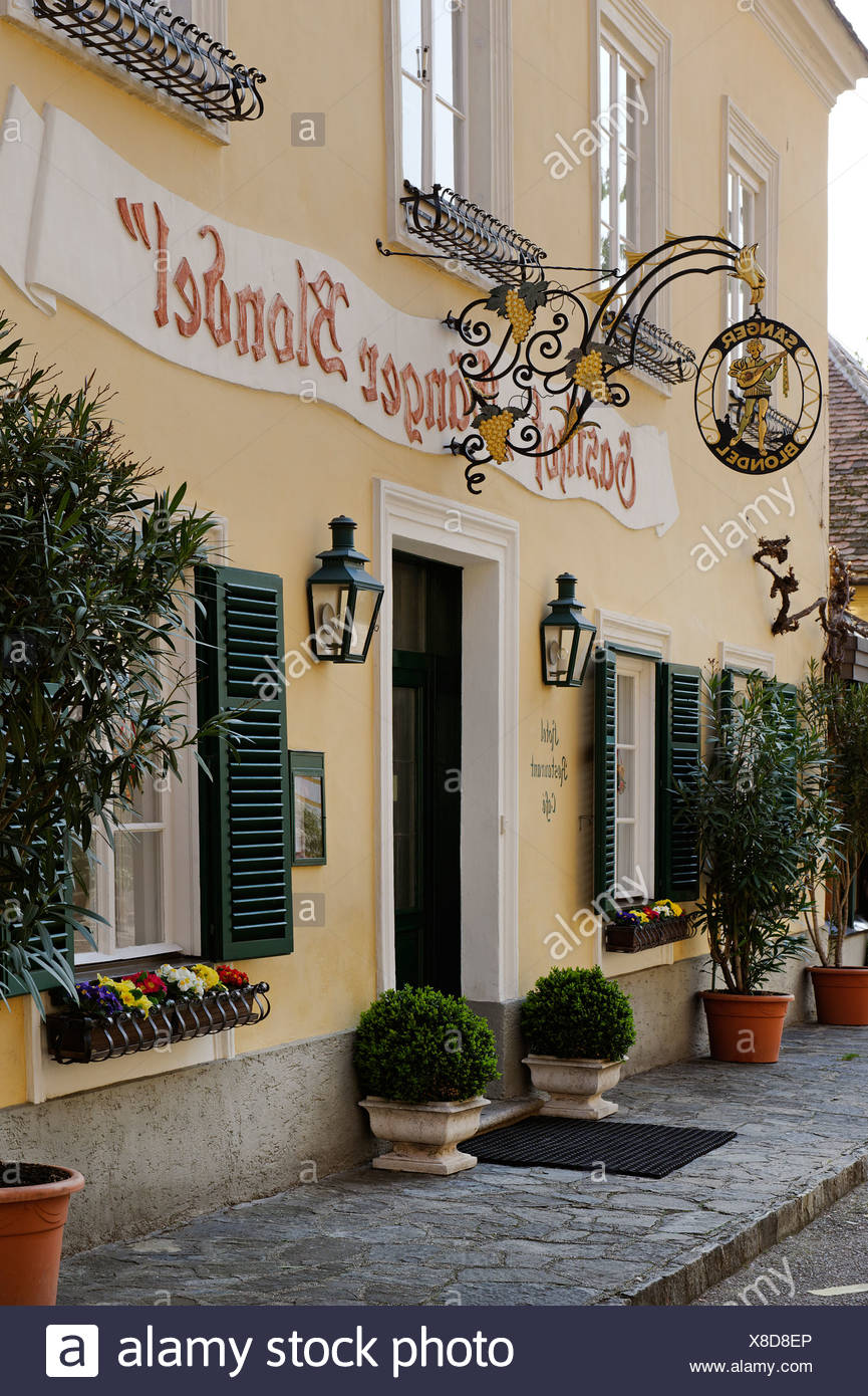 Restaurant 'Saenger Blondel' where according to legend king Richard the Lionheart was kept prisoner 1192-1193 and then found by - Stock Image