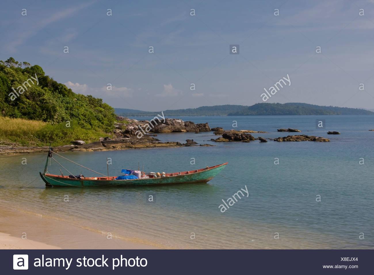 Asia, boat, fishing boat, island, isle, coast, coasts, sea, seas, seashore, seashores, nobody, Phu, Quoc, South-East Asia, South - Stock Image