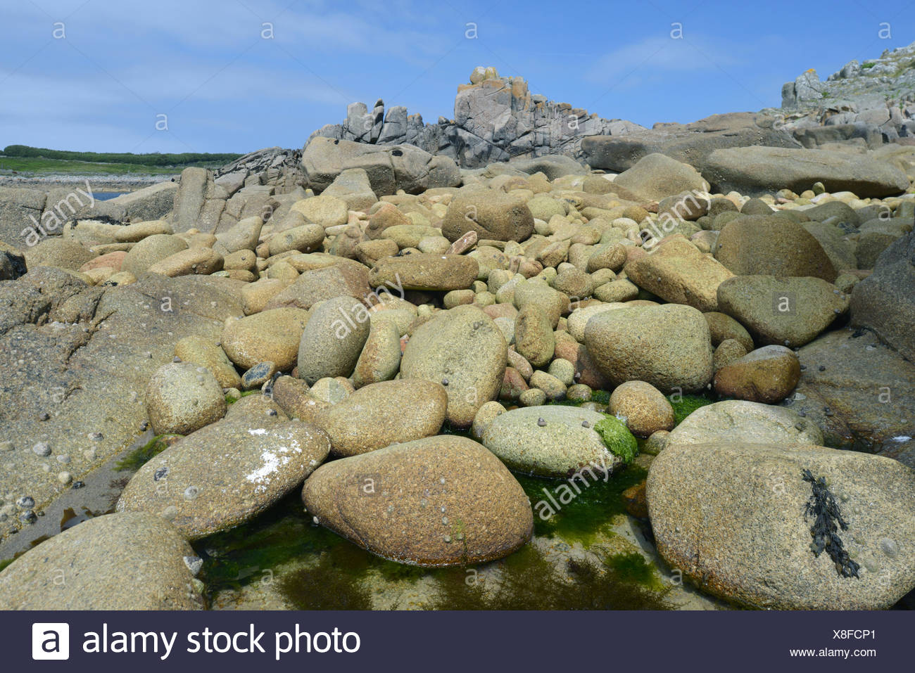 Boulder Beach - St Agnes, Isles of Scilly - Stock Image