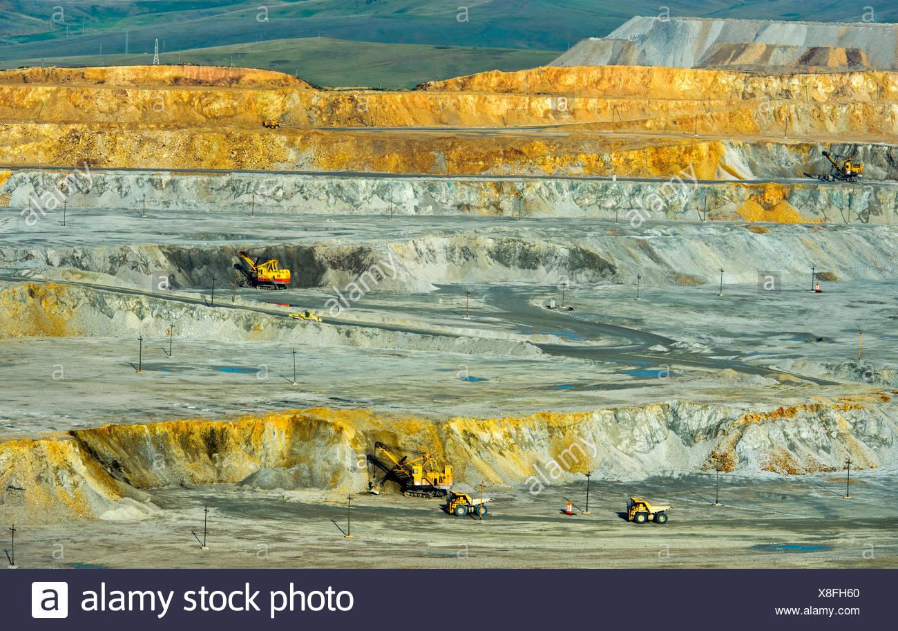 Copper ore mining in open-cast mining, Erdenet Mining Corporation EMC, Erdenet Copper Mine, Erdenet, Mongolia - Stock Image