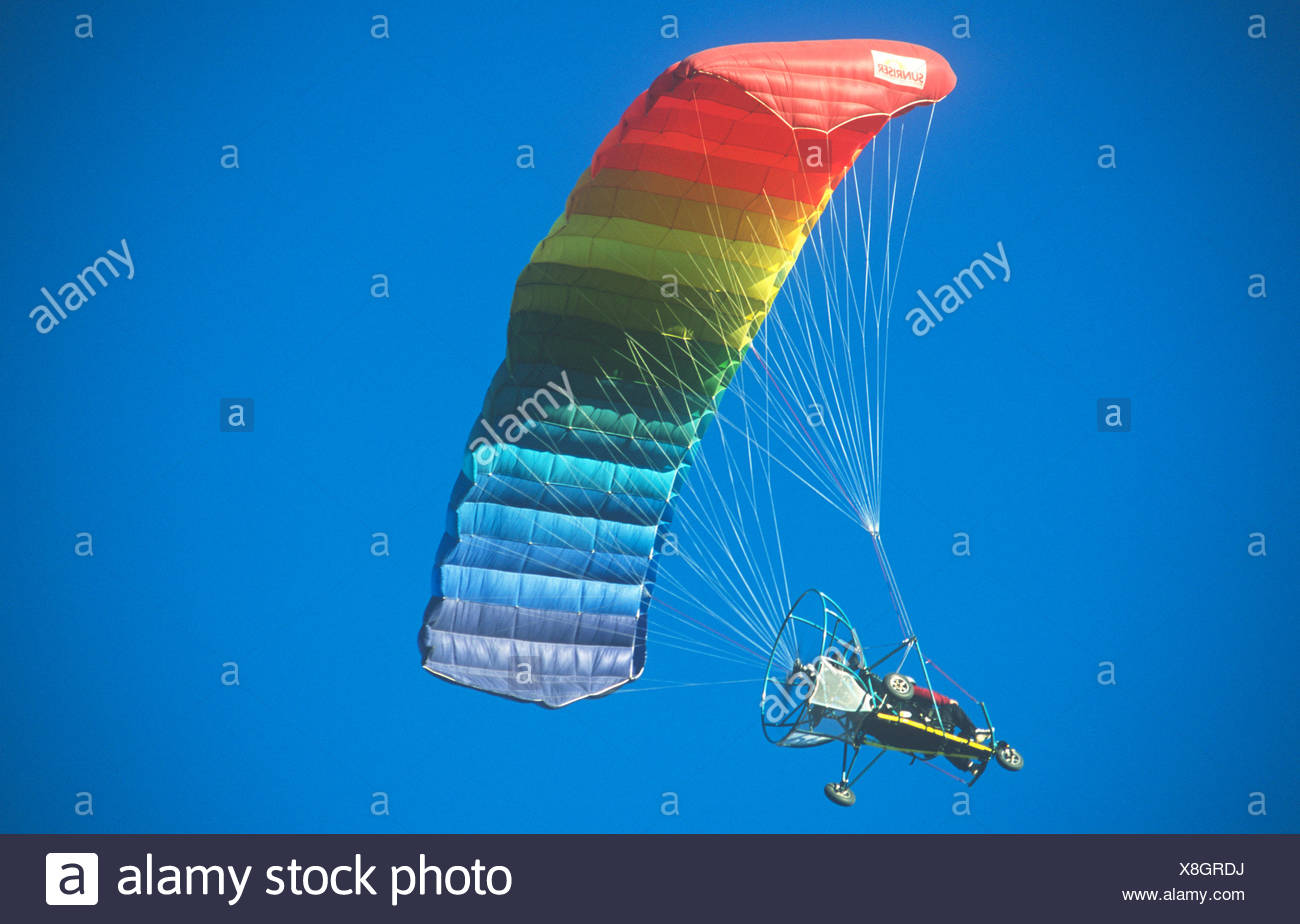 Powered Paragliding Stock Photos & Powered Paragliding Stock