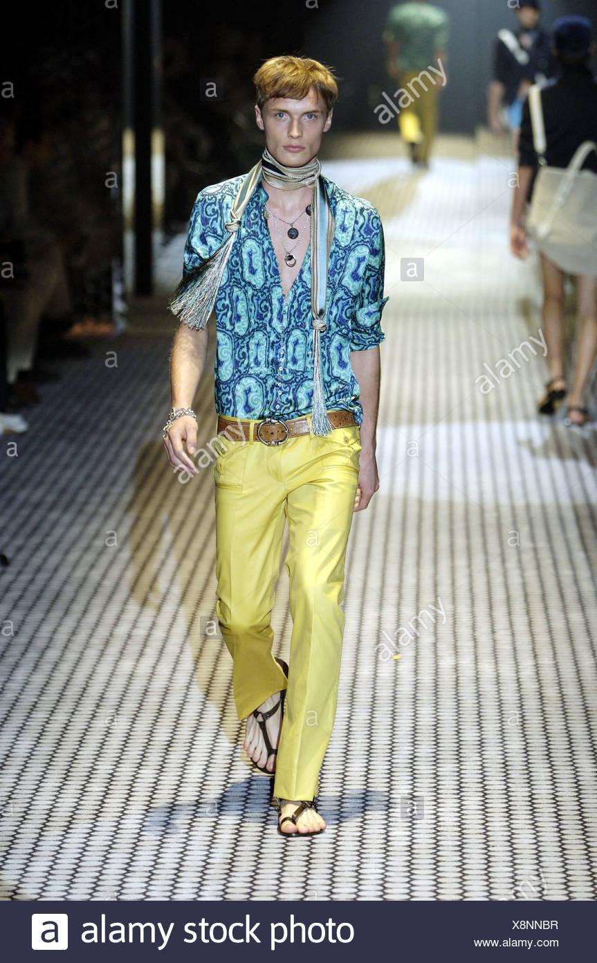 bdb135264 Gucci Milan Ready to Wear Menswear Spring Summer Blonde male model walking  down the runway wearing