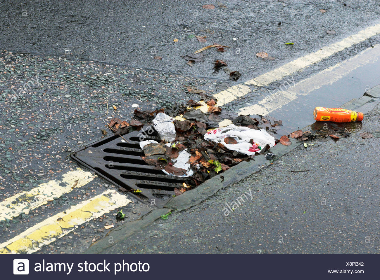Drain Gutter In The Road Stock Photos Amp Drain Gutter In