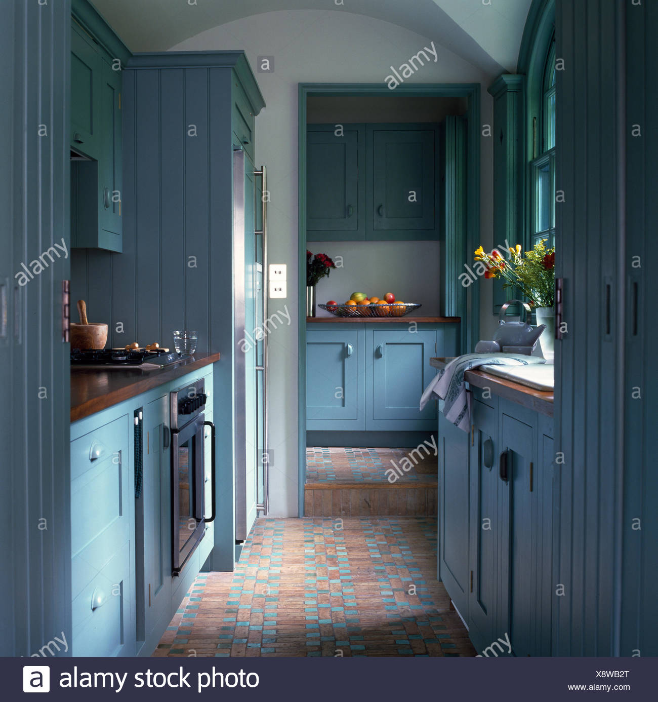 Galley Kitchen Stock Photos & Galley Kitchen Stock Images - Page 2 ...