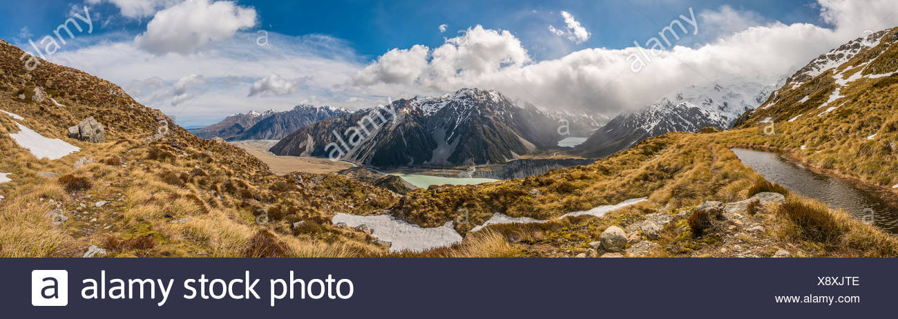View on Hooker Valley, mountain lake Sealy Tarns, Mount Cook National Park, Canterbury Region, Southland, New Zealand - Stock Image