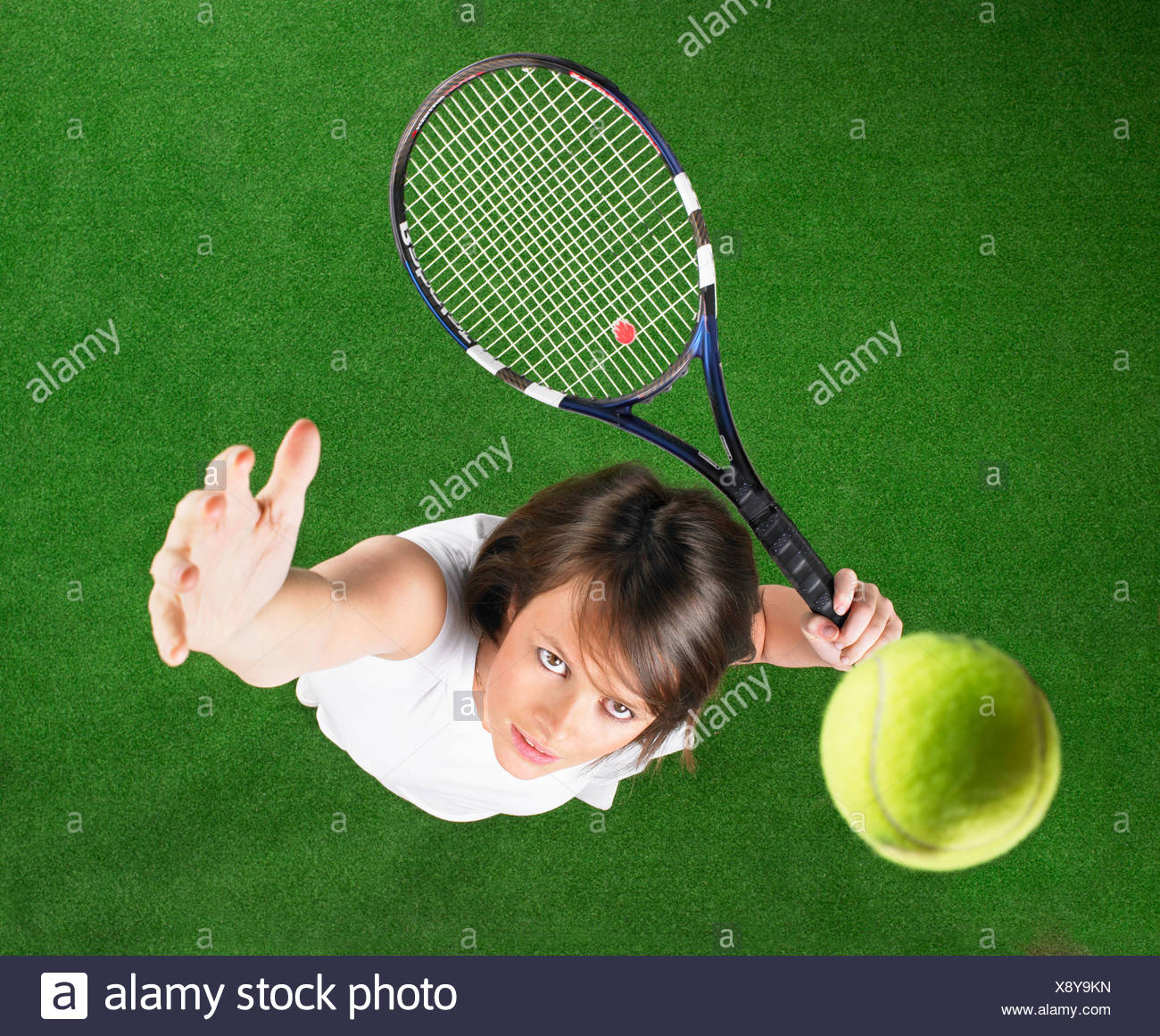 tennis serve shot from above - Stock Image