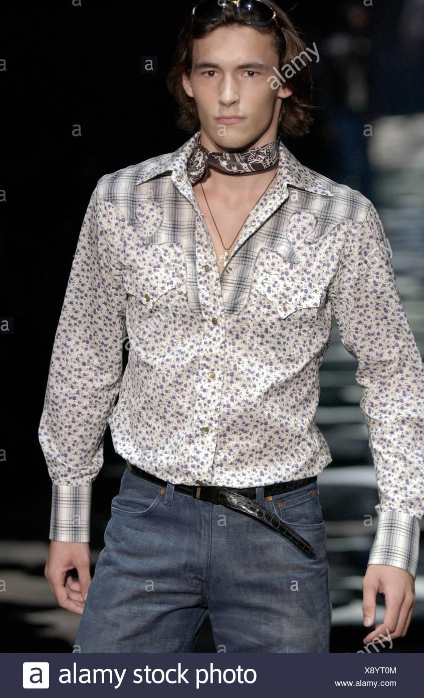 85dee5e0fb9fa Gucci Ready to Wear Milan spring summer Menswear fashion show Model dark  hair wearing sunglasses on