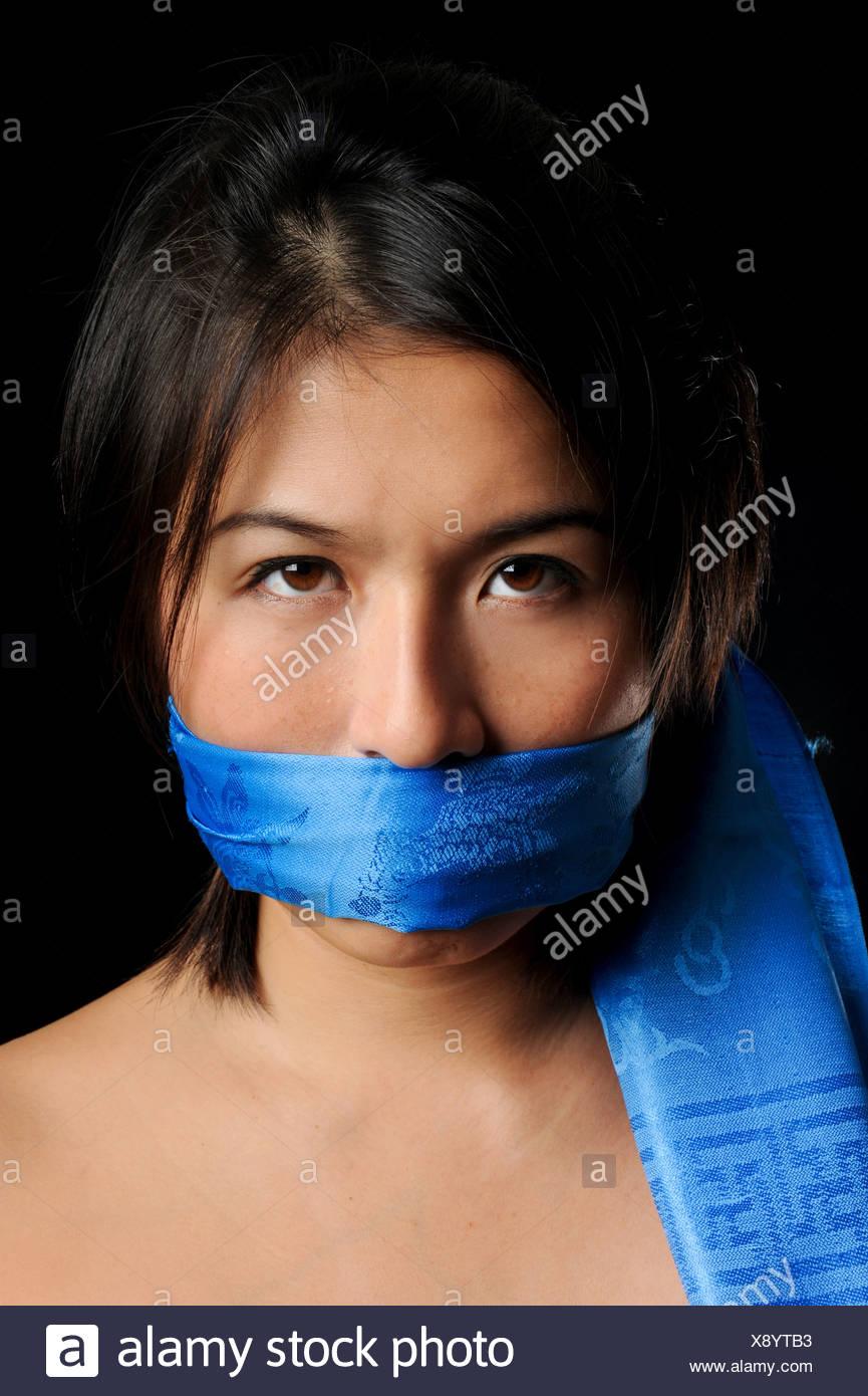 Gag scarf Locked In