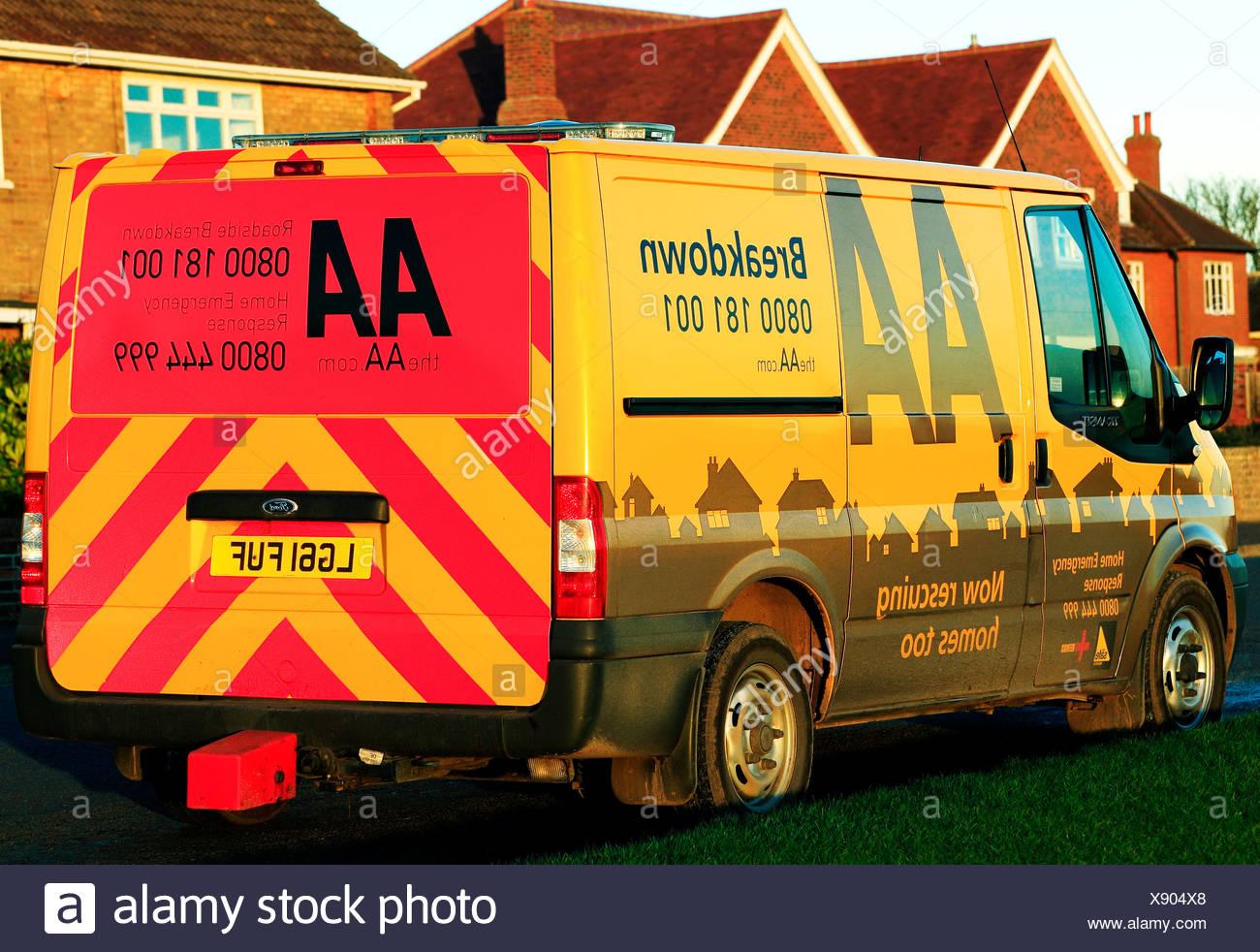AA Breakdown vehicle England UK, home emergency vehicles roadside - Stock Image