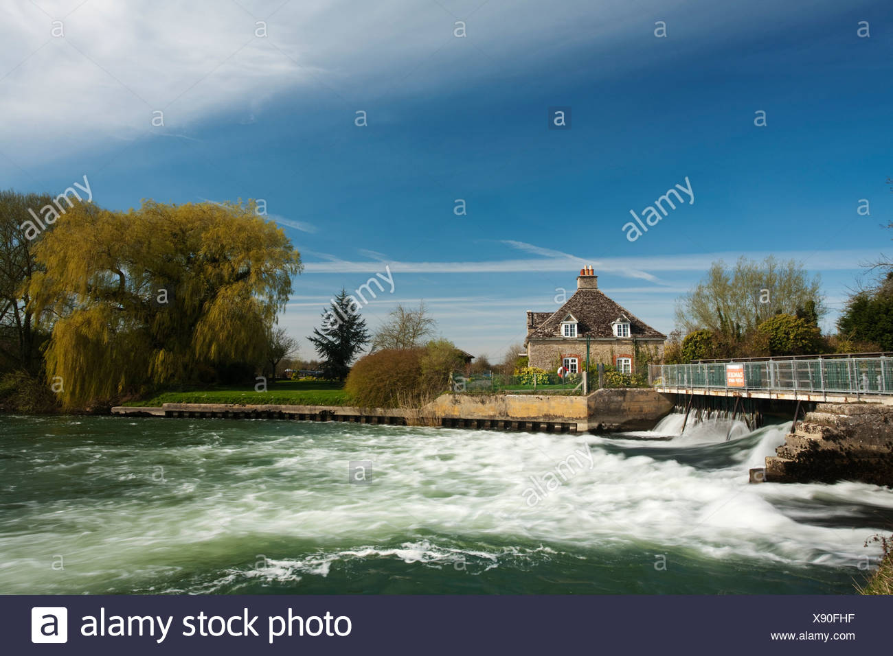 Rushey Weir on the River Thames in Oxfordshire, Uk - Stock Image
