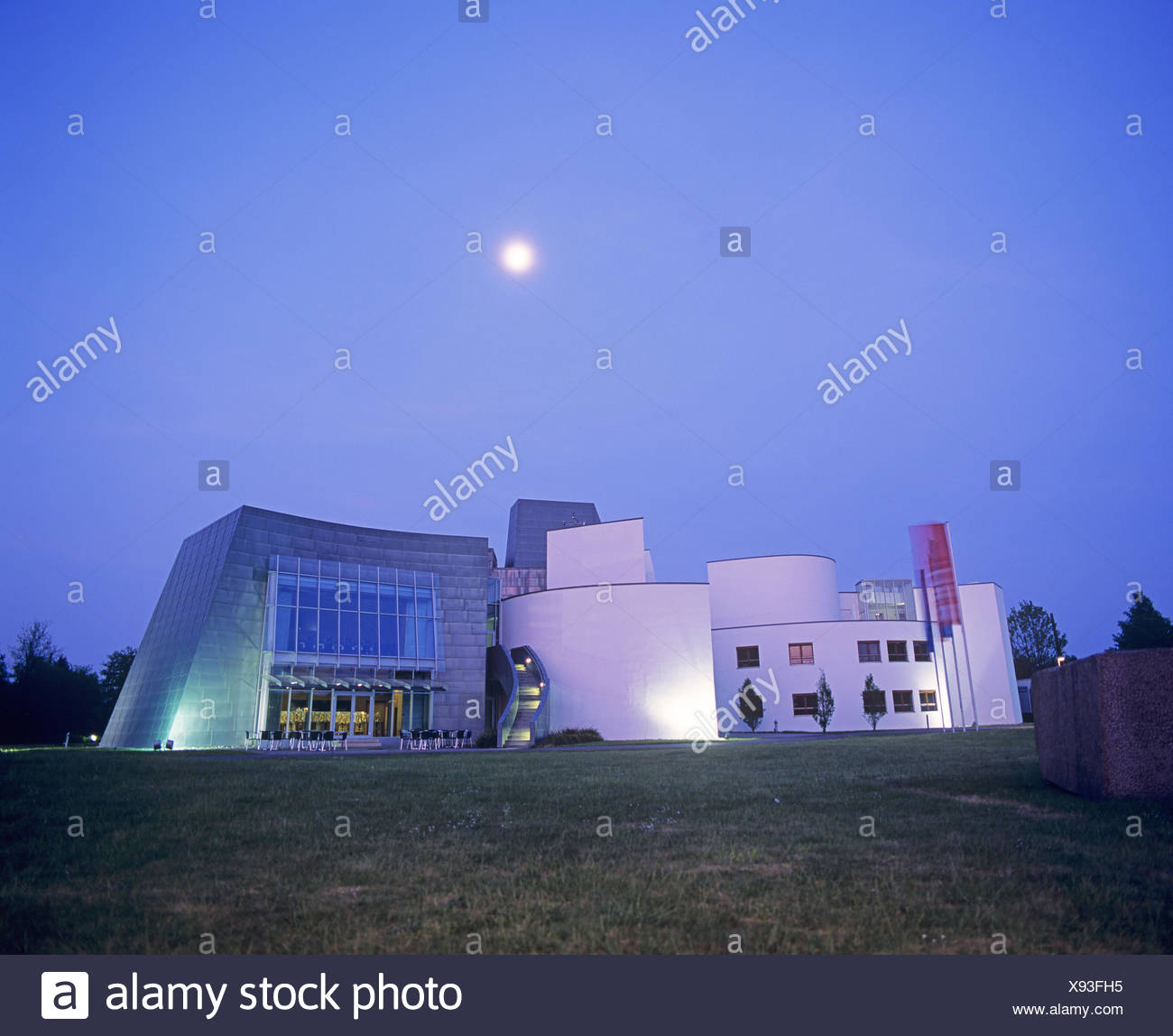 Moonrise Over The Energy Forum Innovation At Bad Oeynhausen, Circle Of  Minden Lübbecke,