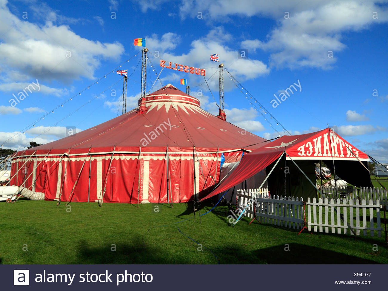 Russells International Circus, UK travelling circus shows, Big Top tent, Norfolk, England - Stock Image
