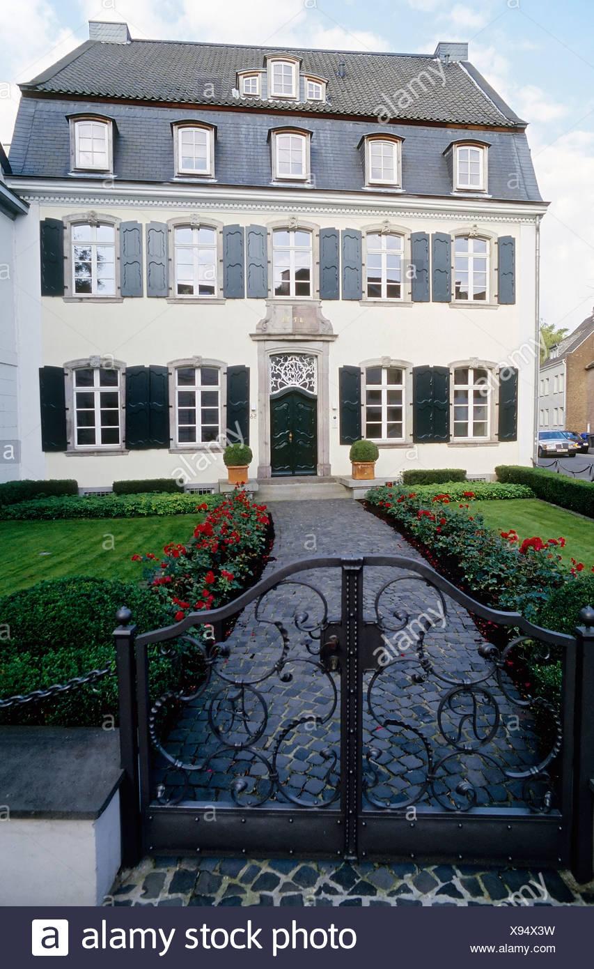 Baroque residential house, renovated, Uerdingen district, Krefeld, North Rhine-Westphalia, Germany, Europe - Stock Image