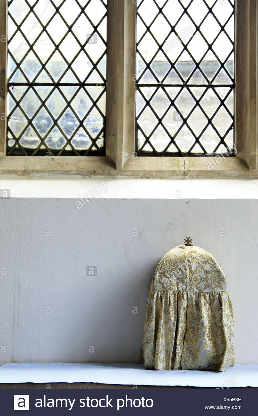 UK, Devon, Ashprington, church, tray, chalice, covered, England, parish church, window, church window, host case, case, cross, cover, faith, religion, Christianity, - Stock Image