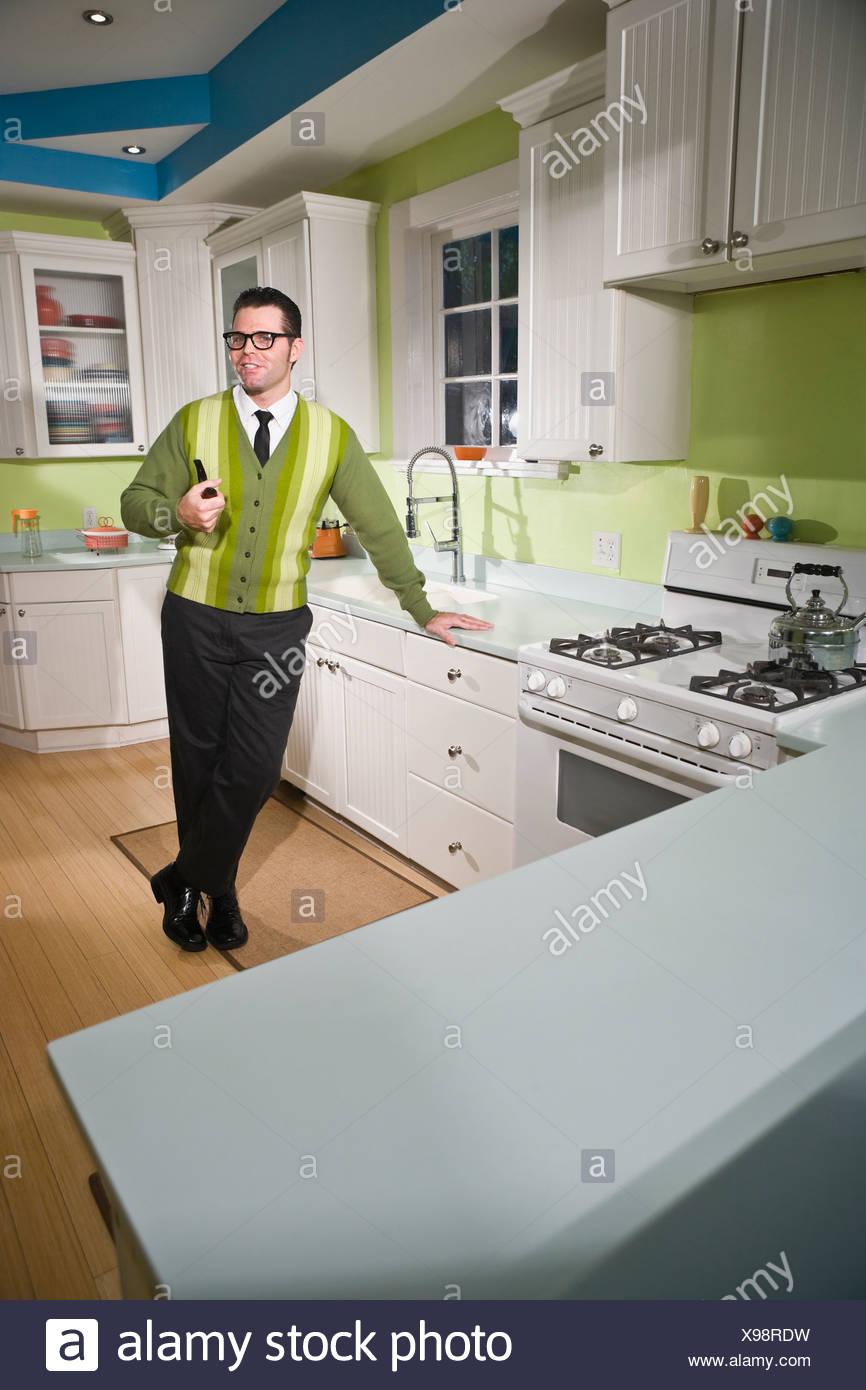 Atemberaubend Benutzerdefinierte Küchen Uk Gemacht Fotos - Küche Set ...
