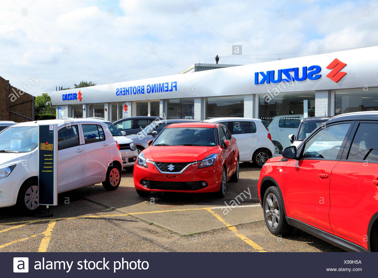 Suzuki Car Dealers Stock Photos & Suzuki Car Dealers Stock Images ...
