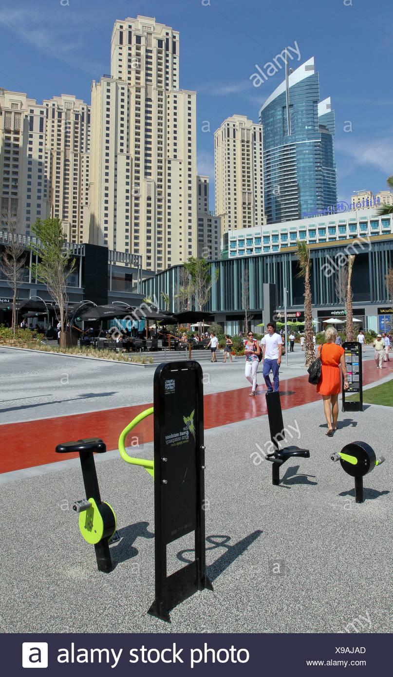 Ihram Kids For Sale Dubai: Gym Equipment Beach Jbr Dubai Stock Photos & Gym Equipment