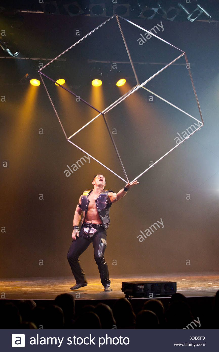 Rock songs and artistic performances by Ernest Iouvilov, live, Das Zelt - Rock Circus, Lucerne, Switzerland, Europe - Stock Image