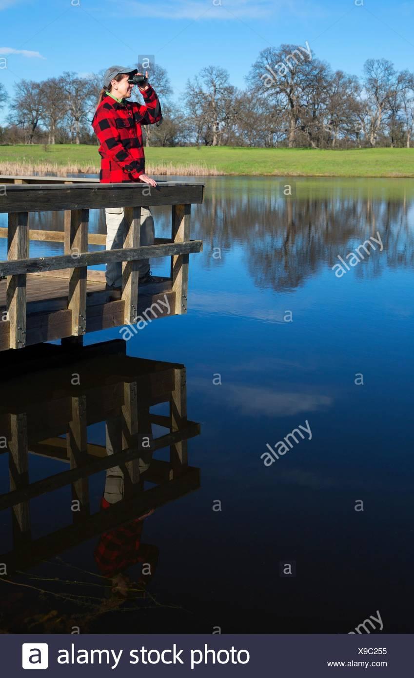 Bass Pond fishing dock, Sacramento River Bend Area of Critical Environmental Concern, Paynes Creek Wildlife Area, California. - Stock Image