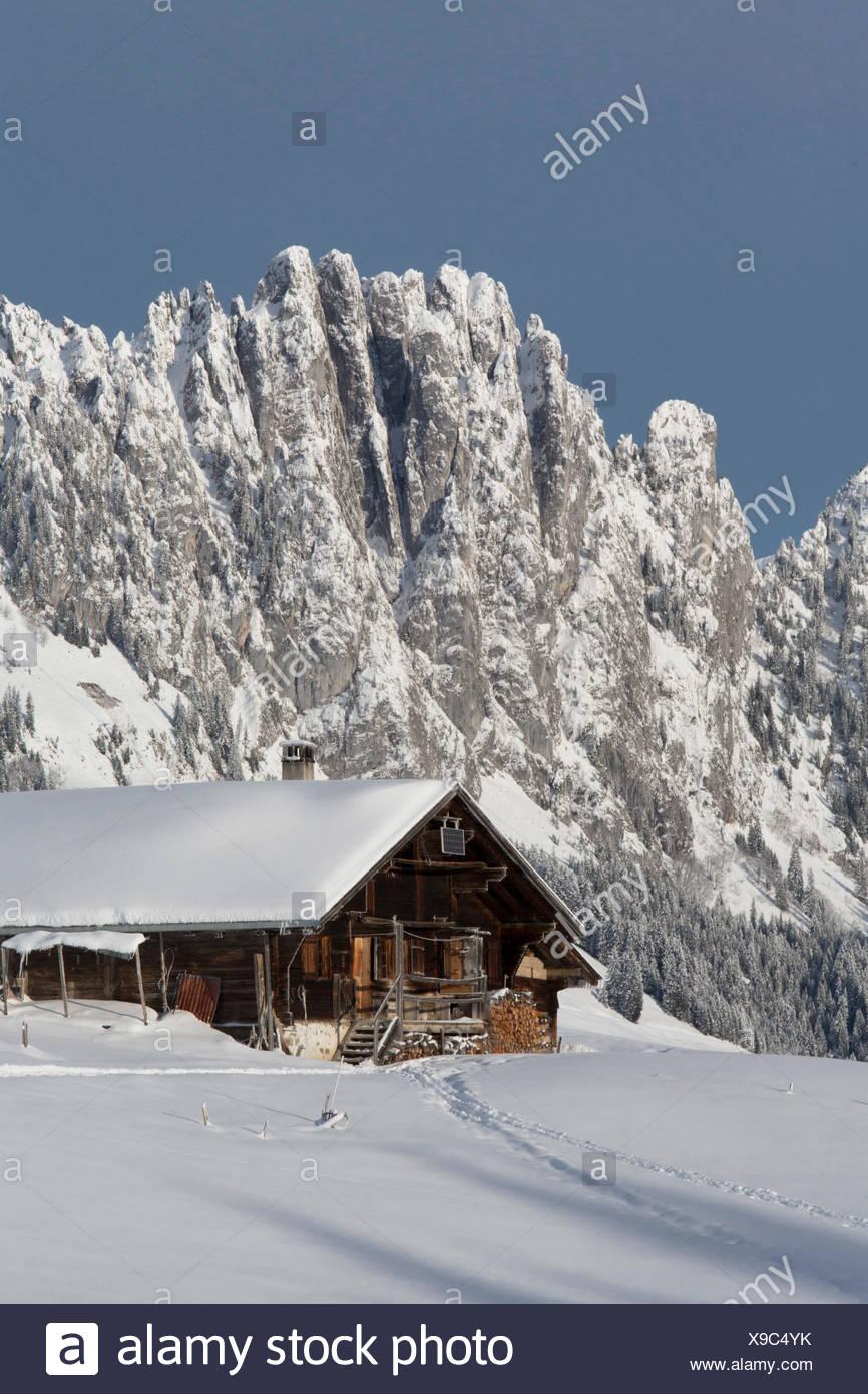 Gastlosen, alpine cabin, Jaunpass, mountain, mountains, hut, house, alpine cabin, winter, canton Bern, canton, FR, Fribourg, Fre - Stock Image