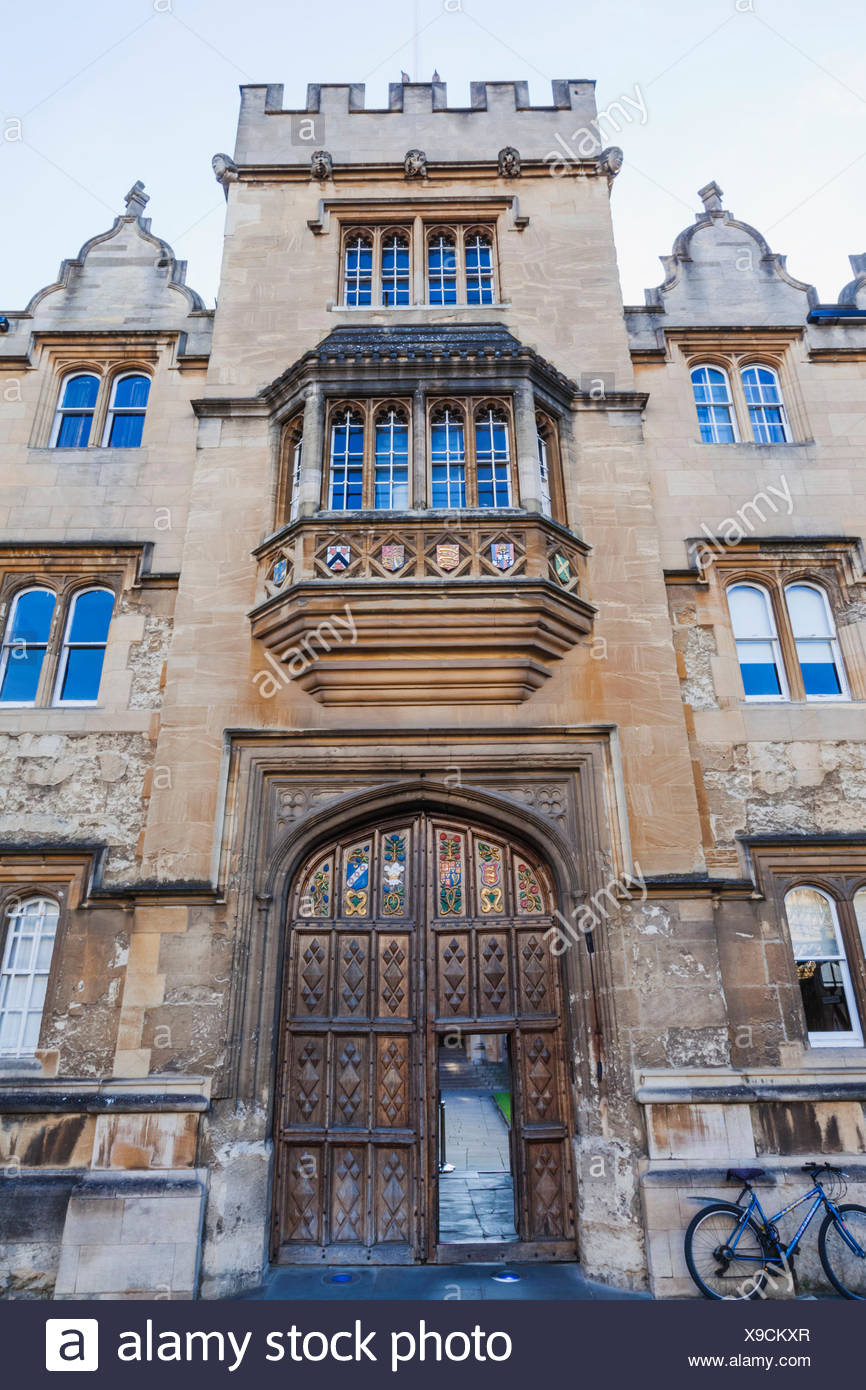 England, Oxfordshire, Oxford, Oriel College, Entrance Gate - Stock Image