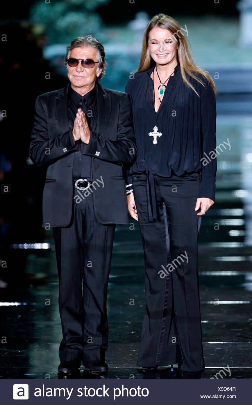 Roberto Cavalli Milan Ready To Wear Spring Summer Italian Fashion Designer Roberto Cavalli And His Austrian Wife Eva Duringer Stock Photo Alamy