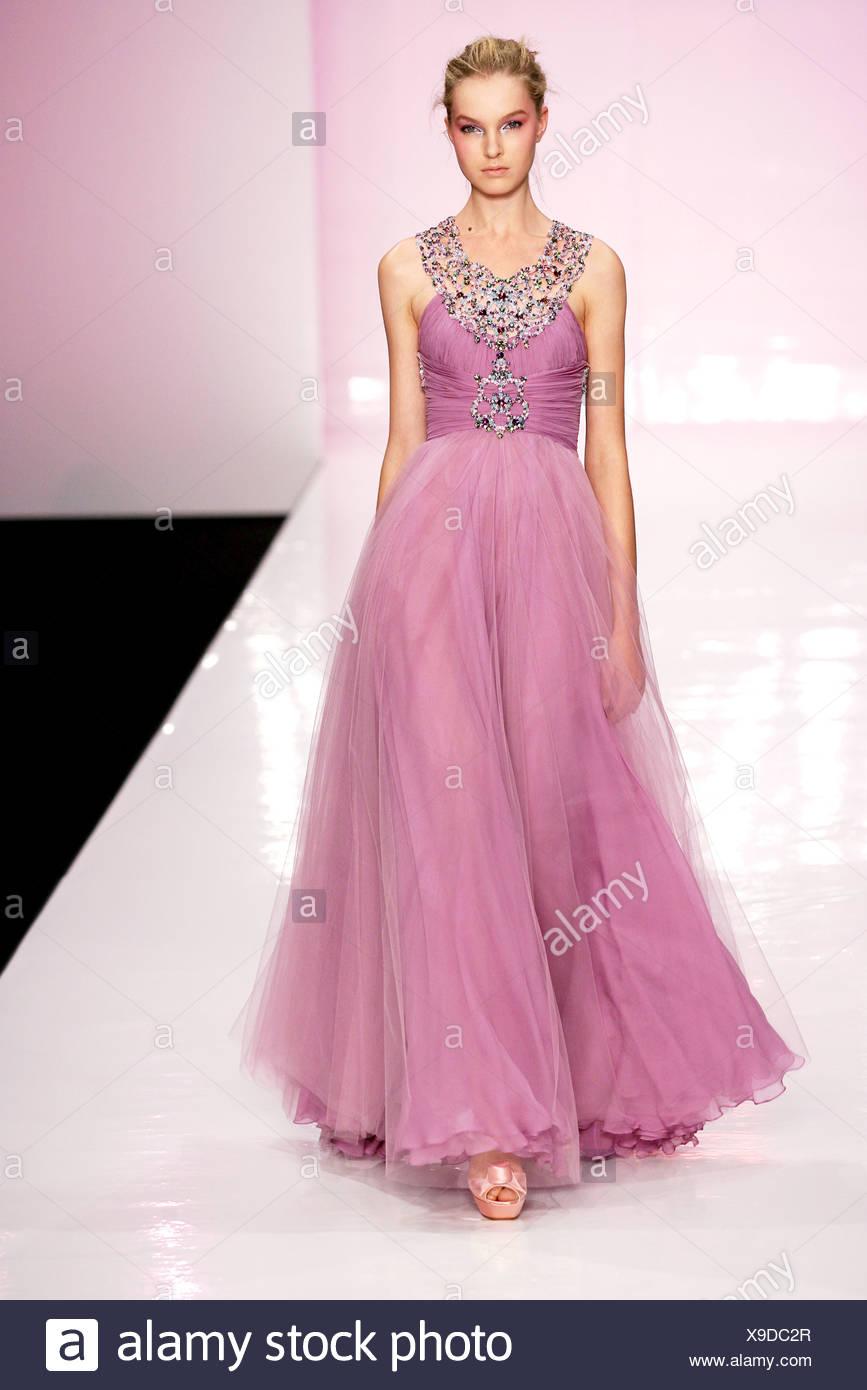 Bonito Vestido De Novia Jenny Mccarthy Modelo - Colección de ...