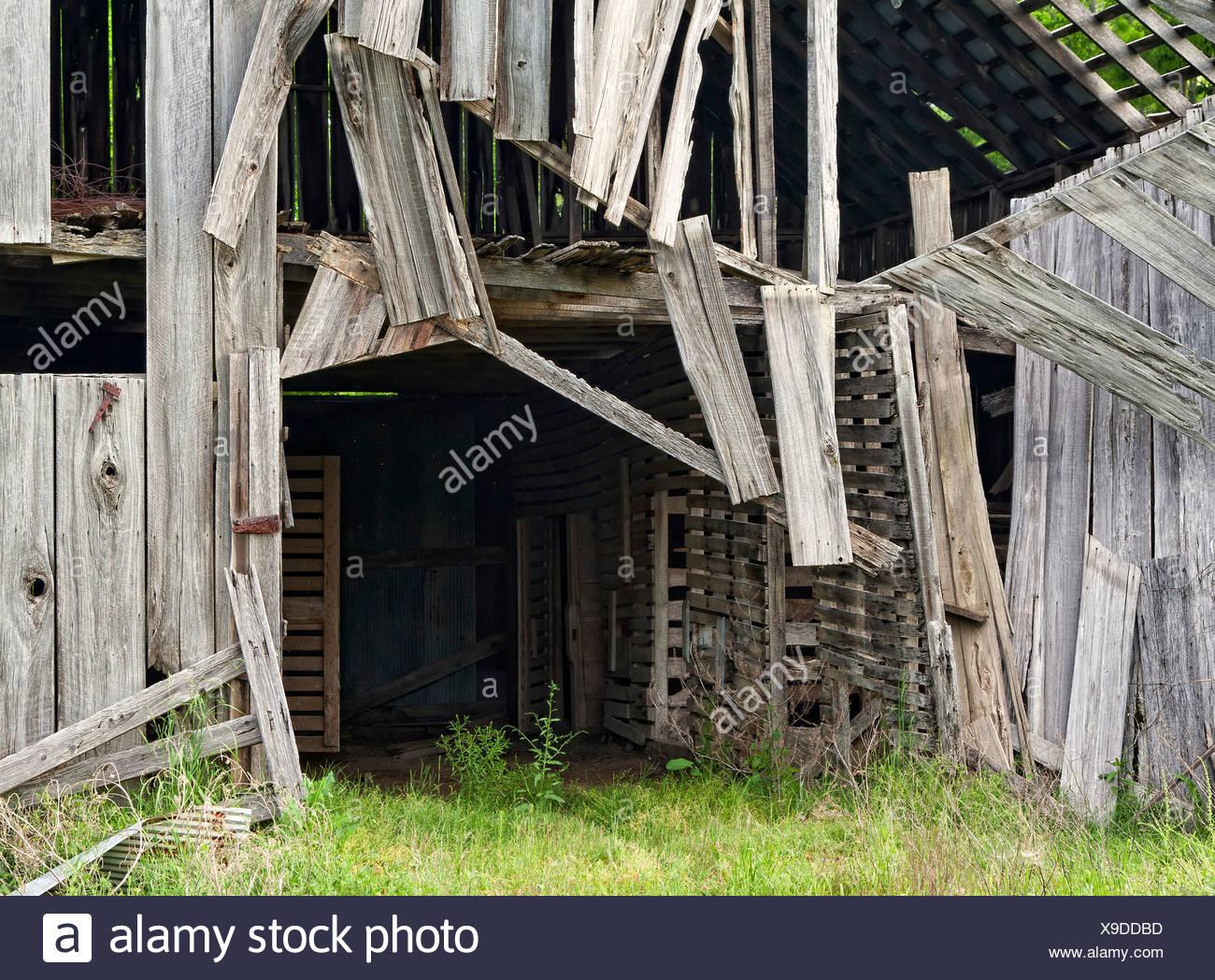 Detail of old barn in disrepair - Stock Image