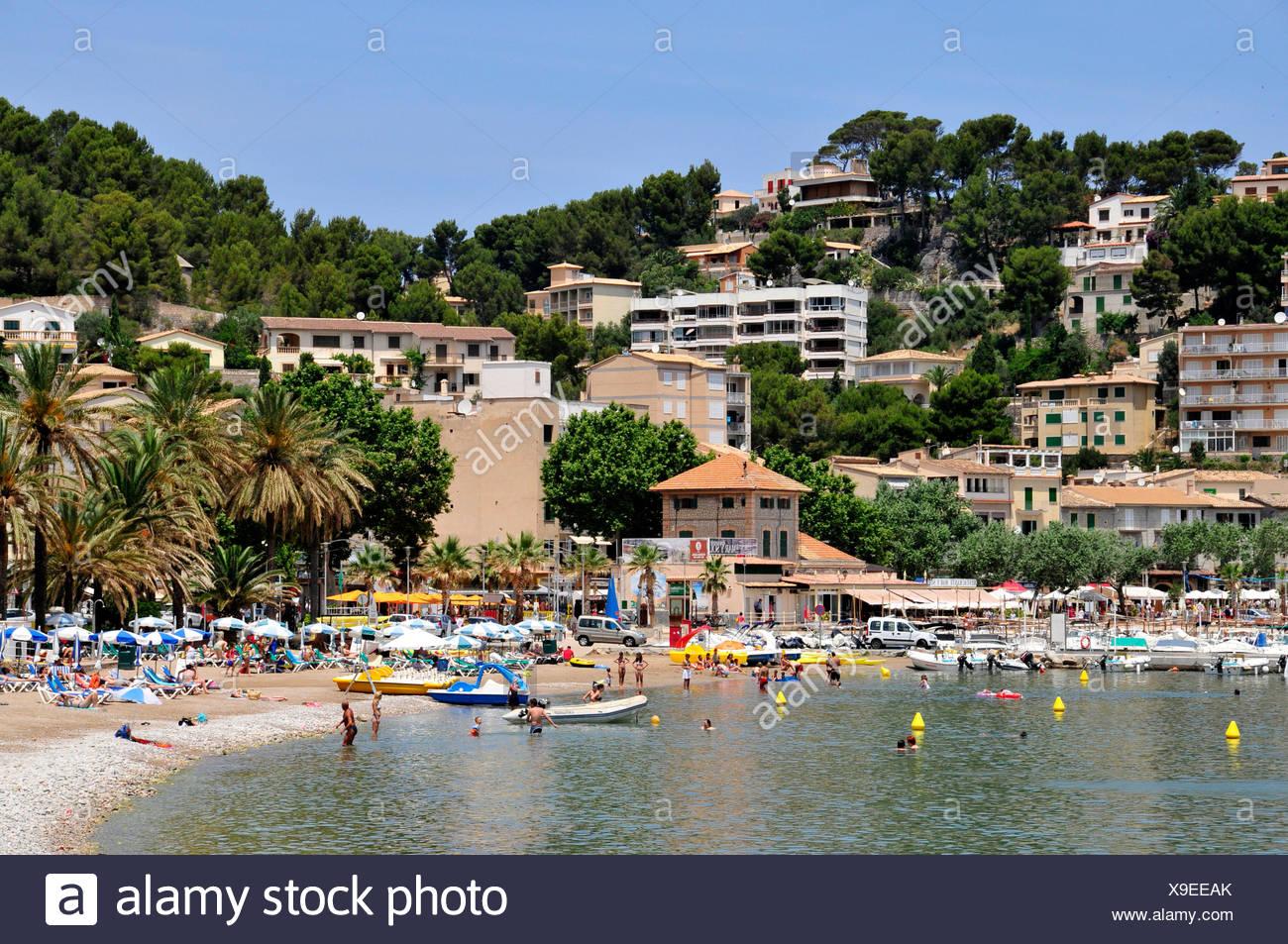 Beach of Platja des Través, Port de Soller, Majorca, Balearic Islands, Spain, Europe - Stock Image