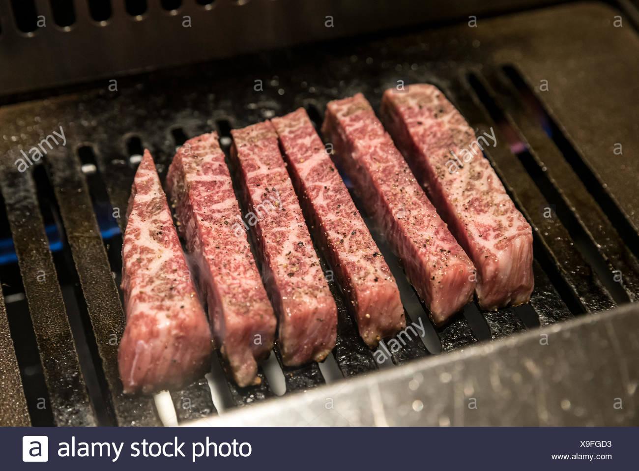 wagyu A5 Beef yakiniku - Stock Image