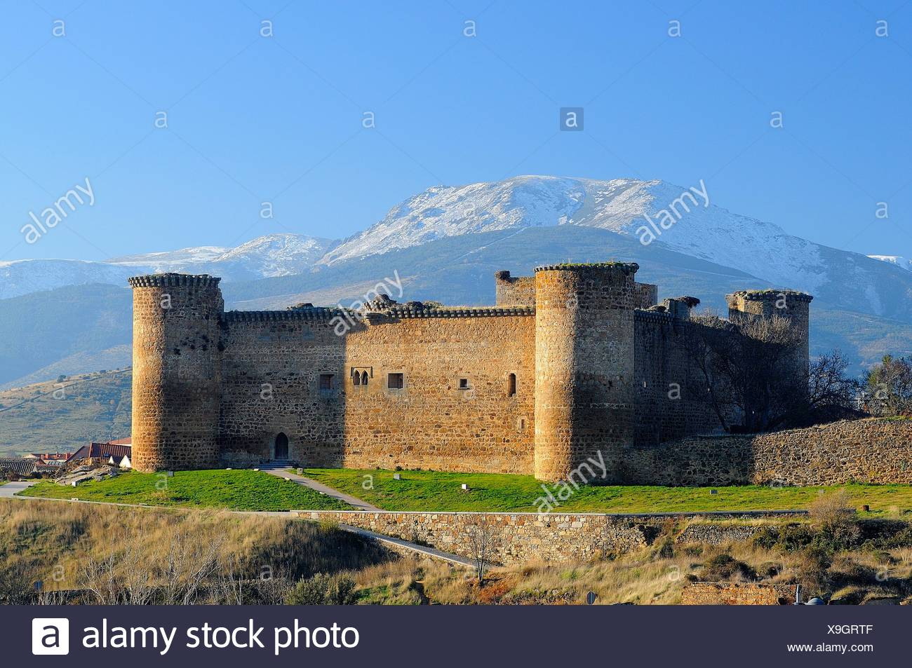 Castle of Valdecorneja.14th century.Barco de Ávila.Ávila province.Castilla y León.Spain Stock Photo
