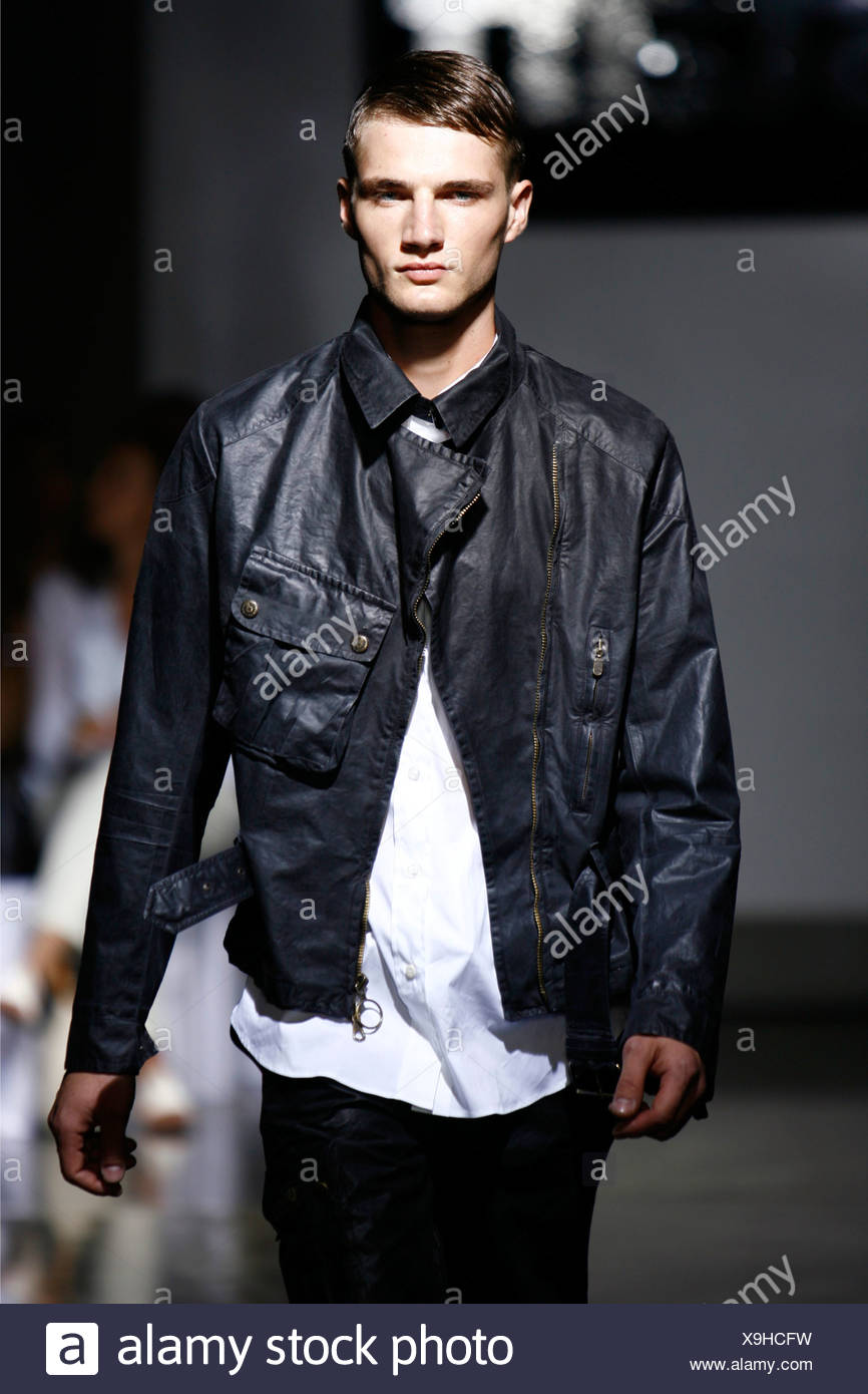 Shirts with Short to Wear Leather Jackets